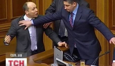 """В парламенте сегодня снова """"пахло газом"""""""