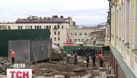 иевская власть обещает до начала Евро-2012 восстановить Андреевский спуск
