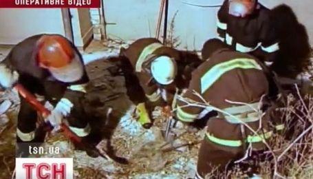 В Тернополе мужчина застрял в сточной трубе