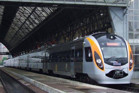 Потяг Hyundai_3