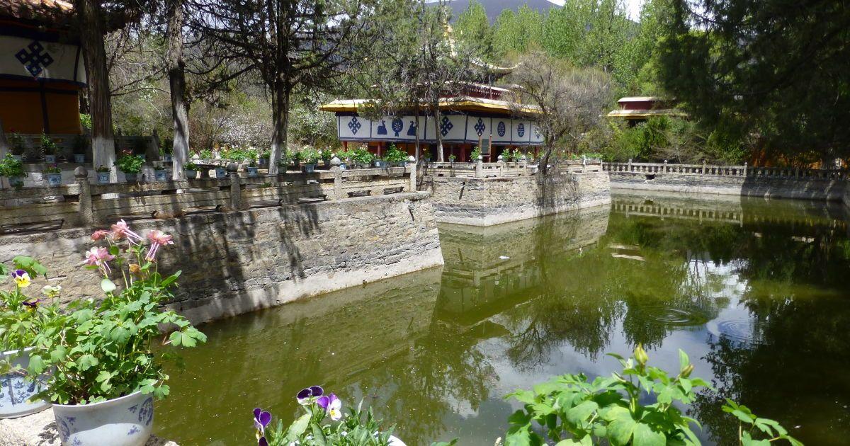 Резиденция Далай-ламы Норбулинка