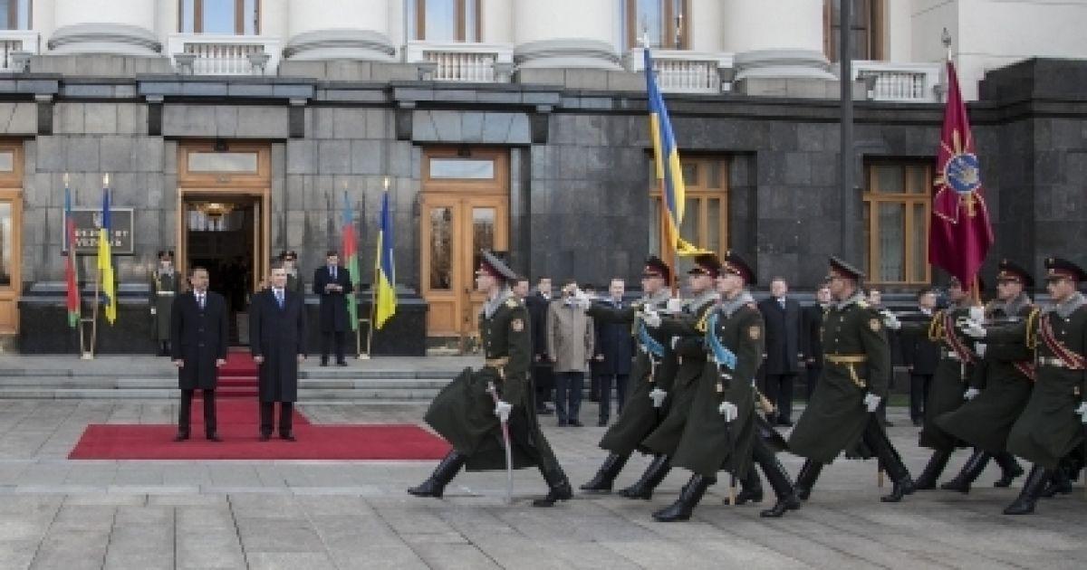 """Президенти потім зустрілись у форматі """"віч-на-віч"""" @ president.gov.ua"""