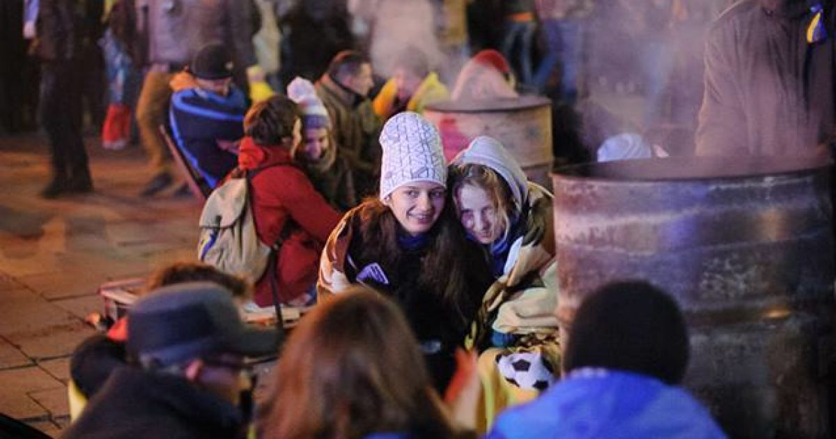 За 28 минут до разгона Евромайдана (Фото acebook.com/alexandr.piliugun) @ amvrosievka.dn.ua