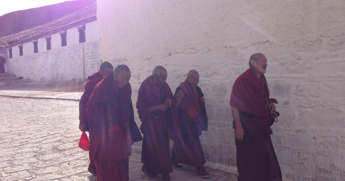 Монахи Шегатзе