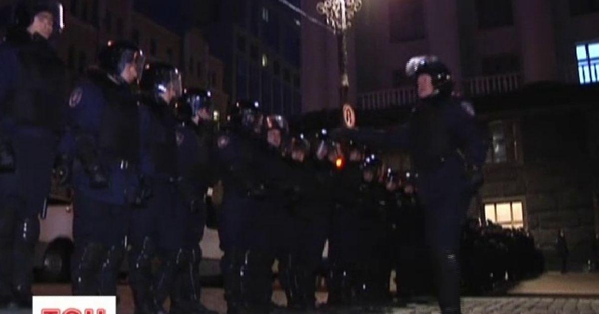 Кабмин блокируют, но не слишком успешно @ euronews.com