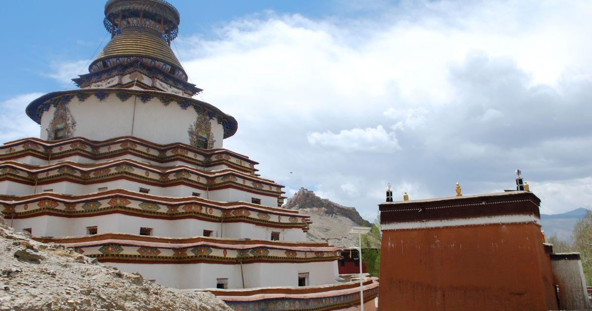 Монастырь в Гьянтзе