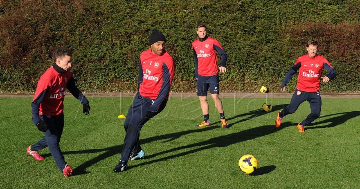 """Тьєррі Анрі повернувся до """"Арсеналу"""" @ Arsenal.com"""