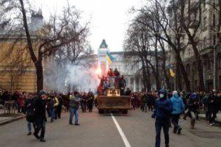 В Украине завтра могут ввести чрезвычайное положение - СМИ