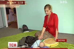 На Донбасі медики заблокували видачу документів на дитину, народжену поза лікарнею