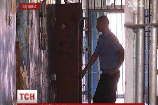 На Одесчине родственники видели, что мать бьет 2-летнего сына, но не спасли от смертельных побоев