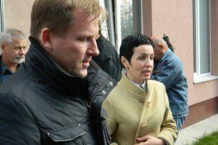 Суд оголошує свою версію подій у Врадіївці: Крашкова слухає з тремтячими руками