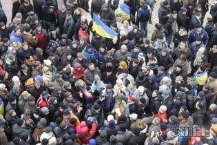 Євромайдан переїхав на Михайлівську площу – там вже більше 3 тисяч людей
