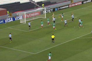 Мексика розгромила Аргентину у півфіналі чемпіонату світу-2013