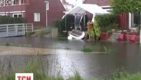 Аномальные ливни привели к наводнениям в Нидерландах