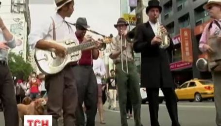 Тайвань захватила саксофономания