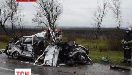 На Харьковщине авария унесла жизни четырех человек