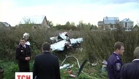 Двоє людей загинули в результаті падіння літака у Коломиї