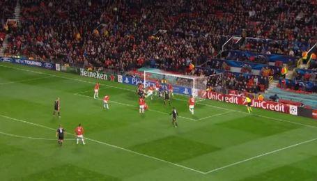 Манчестер Юнайтед - Байер - 4:2. Видео гола Топрака