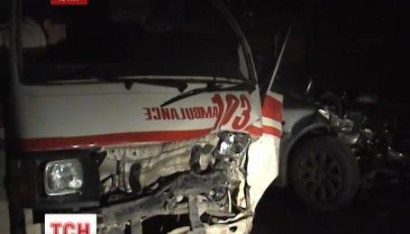 В лобовом столкновении иномарки со «скорой» в Евпатории пострадали четыре человека