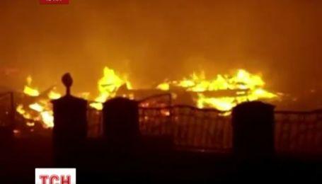 Под Евпаторией дотла сгорел частный пансионат руководителя крымского МЧС