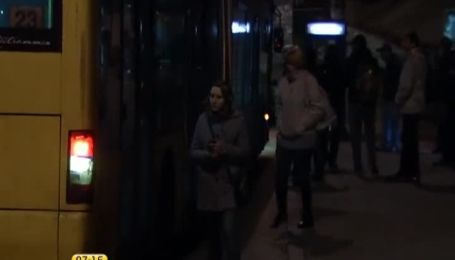 Общественный транспорт для киевлян недоступен ночью из-за низкого пассажиропотока