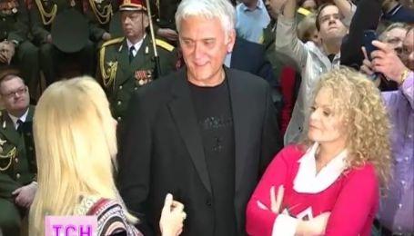 Российское министерство обороны «мобилизовало» звезд на исполнение гимна