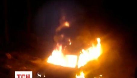 В Севастополі невідомі спалили джип депутата міськради
