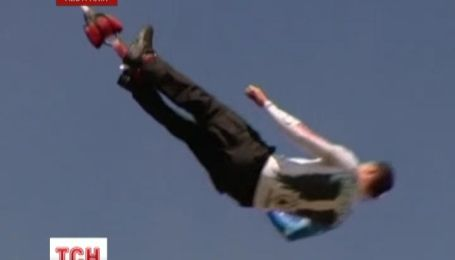 Австралієць побив світовий рекорд з кількості стрибків з мотузкою