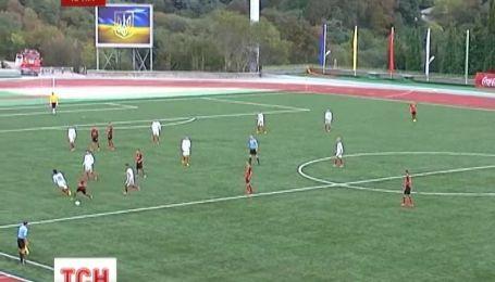 В Криму стартував перший в Україні дитячий футбольний турнір