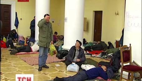 Попов запевнив, що КМДА не будуть звільняти силою