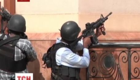 Ще близько 10 заручників залишаються в руках бойовиків у Найробі