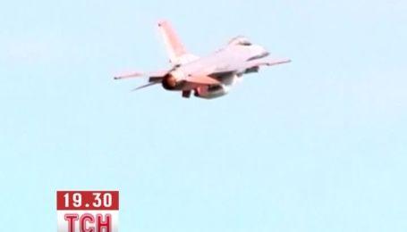 Винищувачі F-16 навчили обходитися без пілота