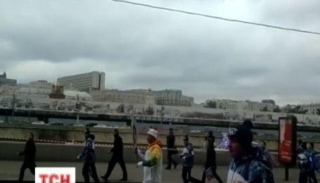Российские технологичные олимпийские факелы не справляются со своей задачей