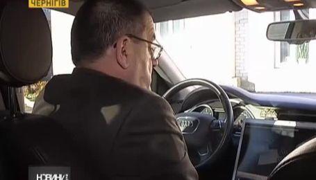 """Бойцы """"Альфы"""" в центре Чернигова задержали продавцов взрывчатки"""