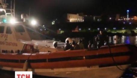 Ночью возле Италии погибли 94 человека