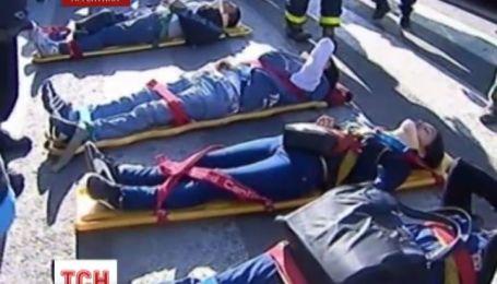 В Буэнос-Айресе поезд врезался в буфер станционной платформы
