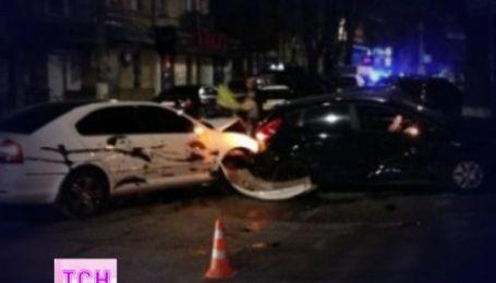 Александр Усик уверяет, что в ДТП виновата девушка-водитель другого авто