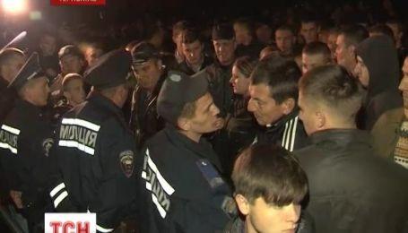 В Тернополе люди пытались совершить самосуд над водителем-убийцей
