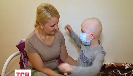 Зрители ТСН подарили 6-летнему Богдану шанс на выздоровление