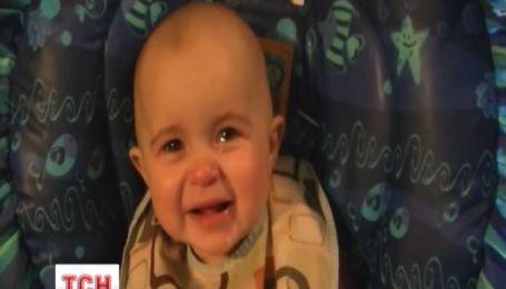 Малыш-меломан продолжает покорять социальные сети
