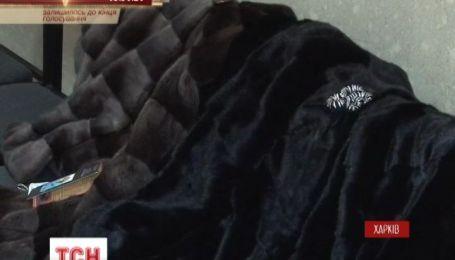 Задержаны киевляне, укравшие три десятка шуб стоимостью полтора миллиона гривен
