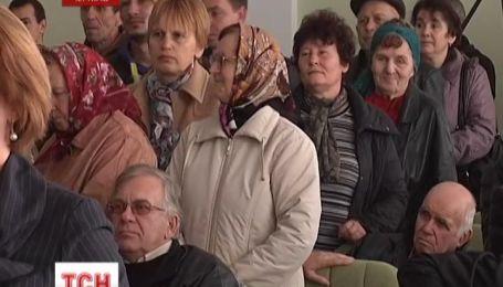 Мамы отстояли две детские поликлиники в Чернигове