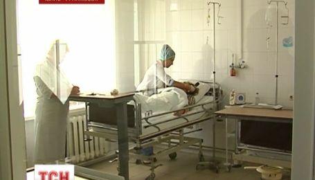 В Ивано-Франковске девять первокурсниц Медицинского колледжа отравились неизвестным газом