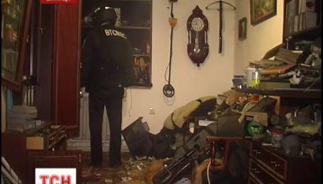 Почти сутки винницкая милиция осаждала улицу