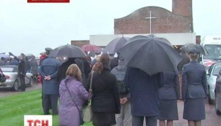 Сотни незнакомых людей в Великобритании пришли похоронить одинокого ветерана Второй Мировой войны