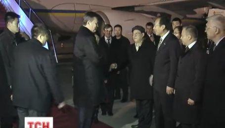 Янукович пробудет в Поднебесной до 6 декабря
