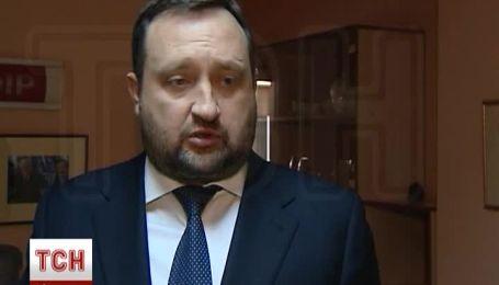 Арбузов прокомментировал разгон Евромайдана