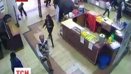 Кадры ужасной стрельбы в торговом центре в Найроби обнародовали местные СМИ