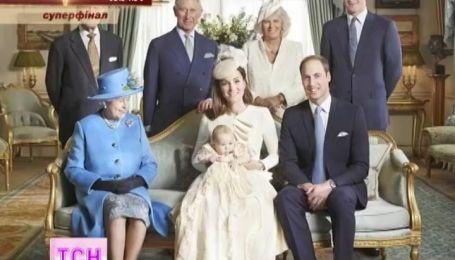 Елизавета II снялась в окружении сразу трех будущих королей