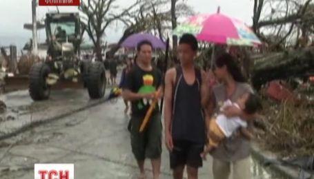 Філіппіни в очікуванні ще одного удару стихії